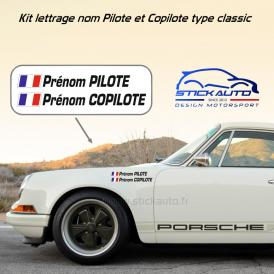 Lettrage Pilote Rallye pour carrosserie petit format avec drapeaux.